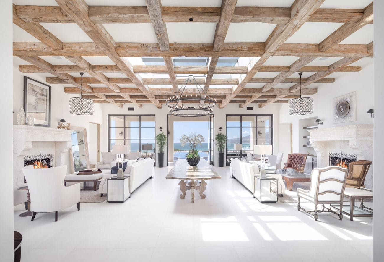 Zuma beach wedding venues  Malibu beaches in California make the whole world dreaming who does