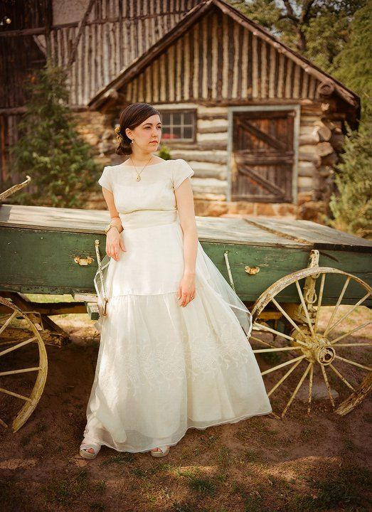My barn wedding and vintage wedding dress in Tulsa, Ok. photos by ...