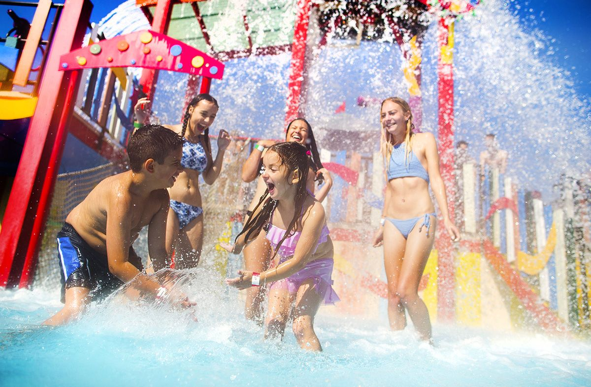 Aqua Shak Water Playground At Funfields Water Theme Park Melbourne Water Theme Park Water Playground Water Play