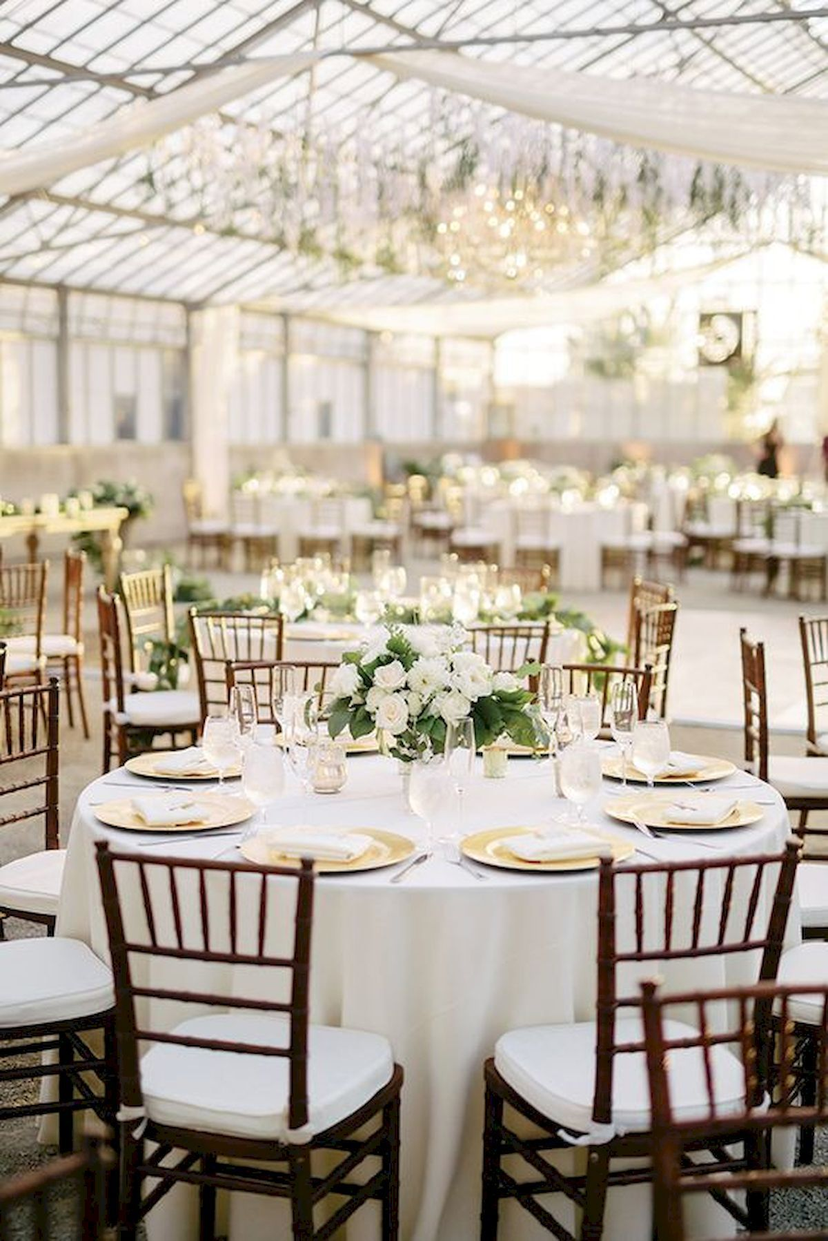 33 Best Wedding Decorations Indoor Ideas For Summer Adorable 33