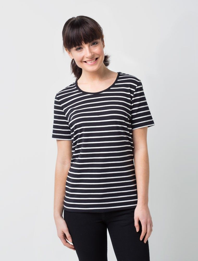 The Women S Riviera Striped T Shirt In Black White Is An On Trend