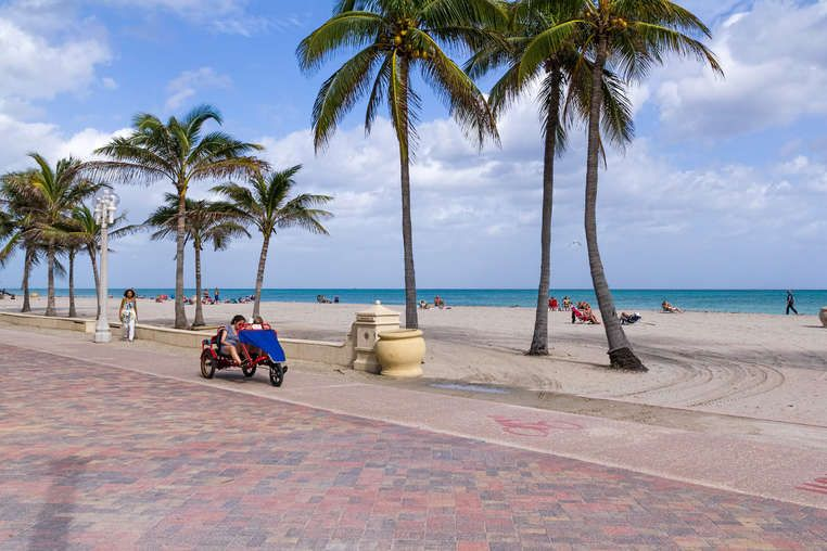 The Best Things To Do In Ft Lauderdale That Won T Make You Look Like A Tourist Hollywood Beach Florida Hollywood Beach Lauderdale