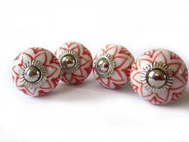 *kleiner Knauf* rote Sternblüte* von Knaufine auf DaWanda.com