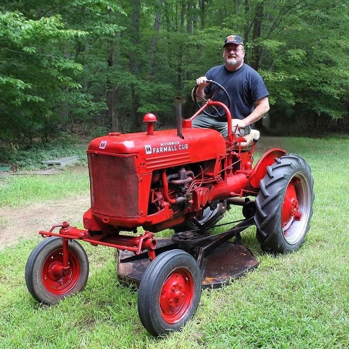 Pin On Antique Tractors Restoration Works
