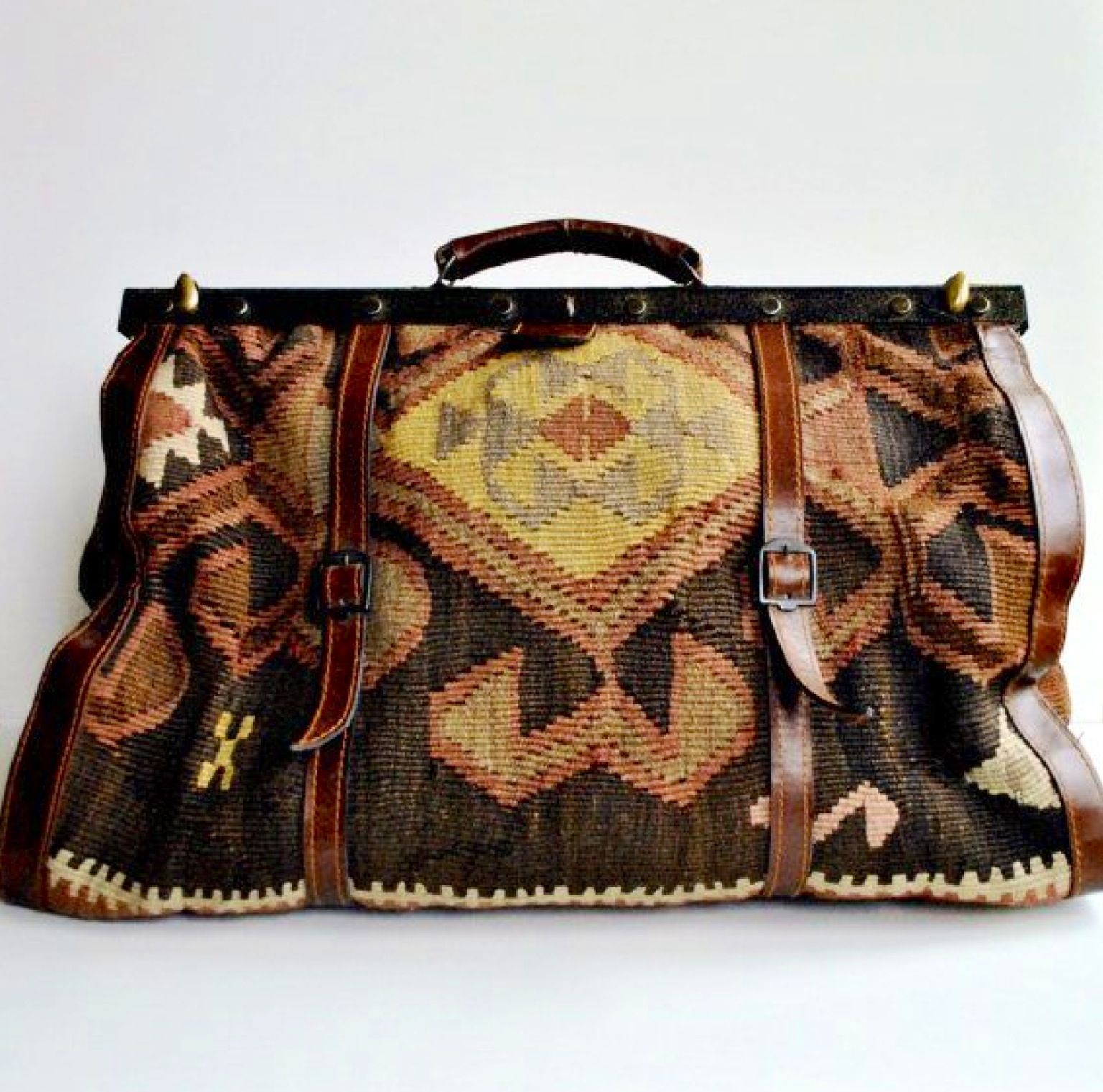 Living A Beautiful Life Kilim Carpet Bag Large Overnight Luggage Turkish Vintage