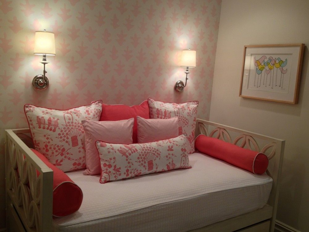 Teenage Rooms: Pretty In Pink Park Avenue Little Girls' Room With Hand