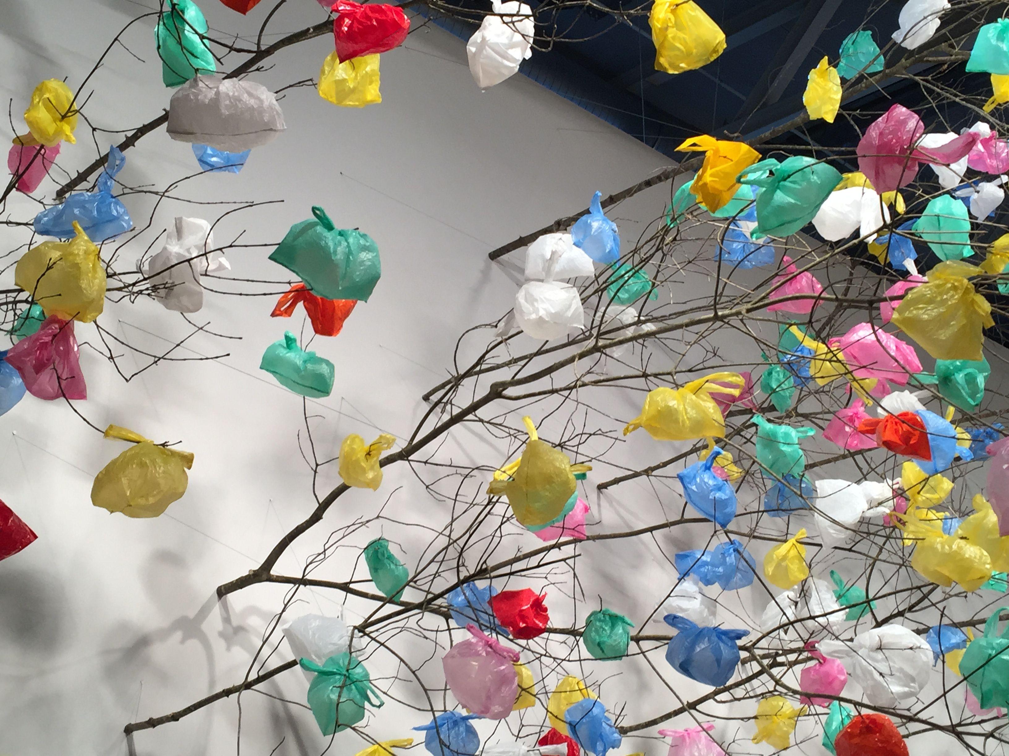 Pascale Marthine Tayou, Plastic Tree, 2014