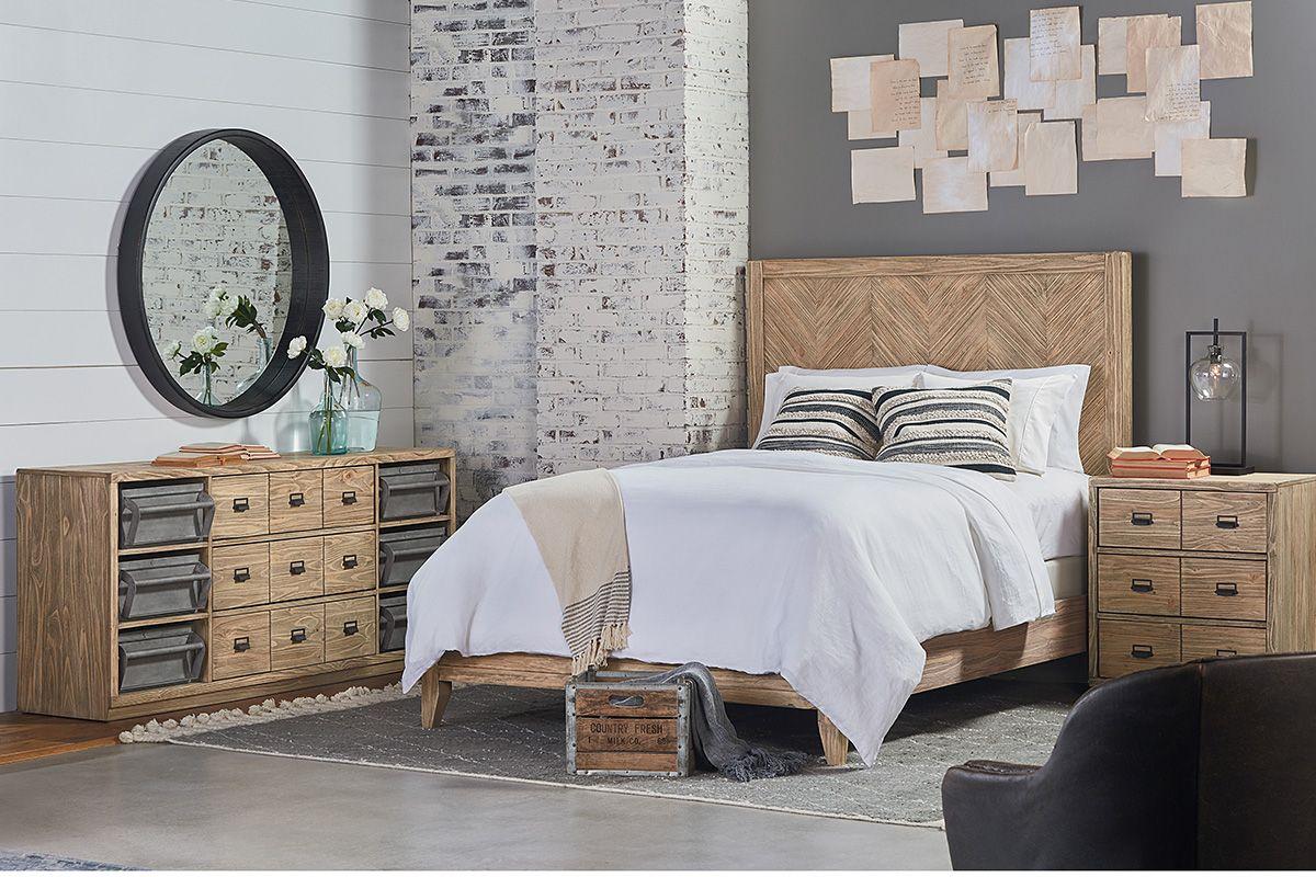 Herringbone + Magnolia homes, Queen panel beds