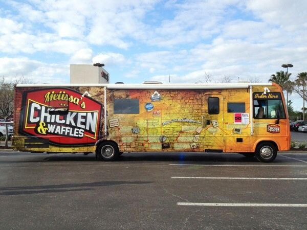 Melissas Chicken And Waffles Super Food Truck In Orlando Fl