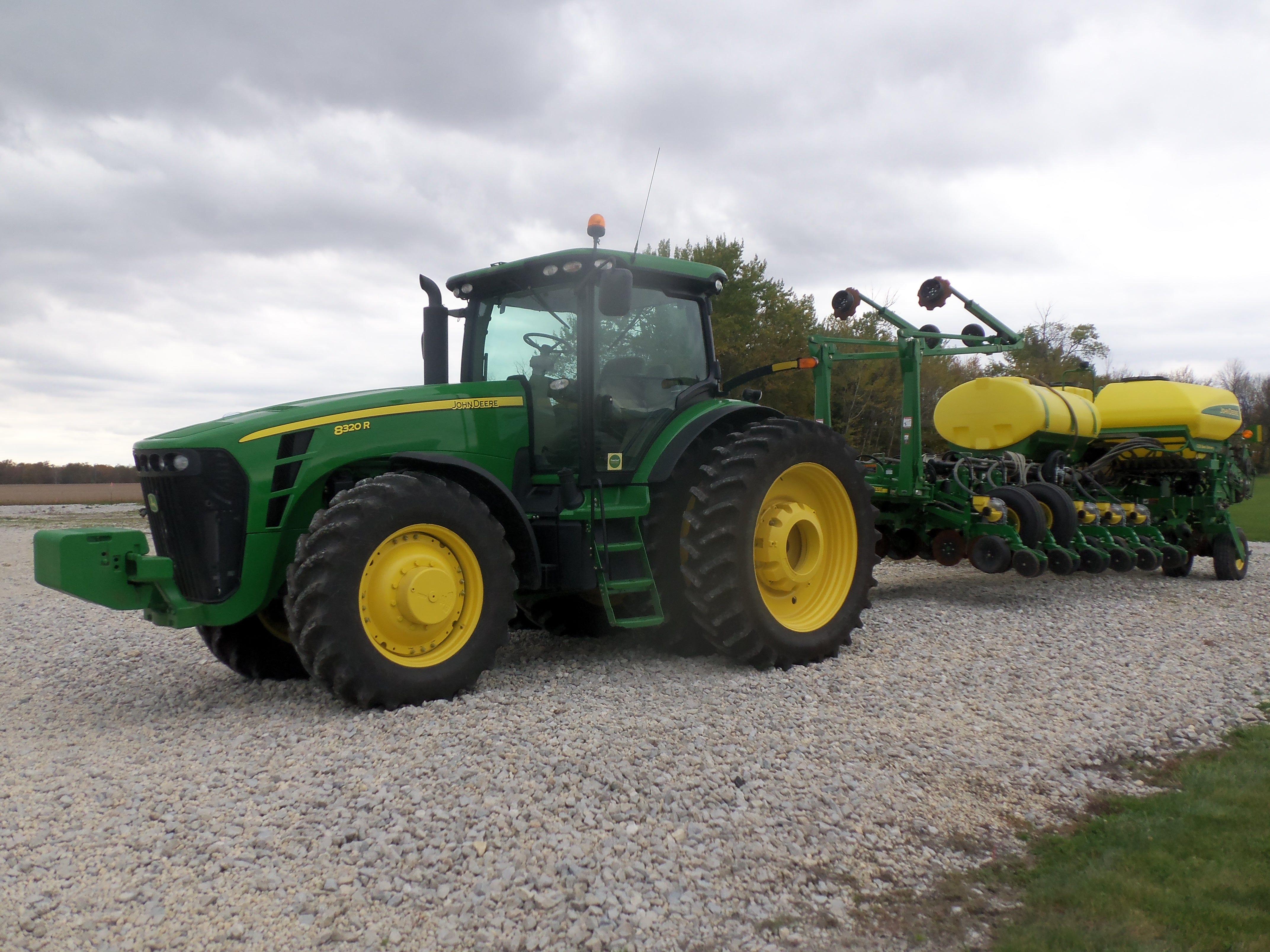John Deere 8320r 16 Row 1770 Nt Planter John Deere Equipment