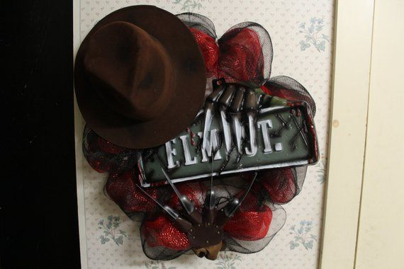 Freddy Krueger, Nightmare On Elm St Wreath, Halloween Decor, Front