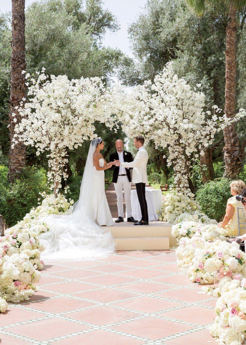 34 Stylish Wedding Aisle Decoration Ideas In 2019