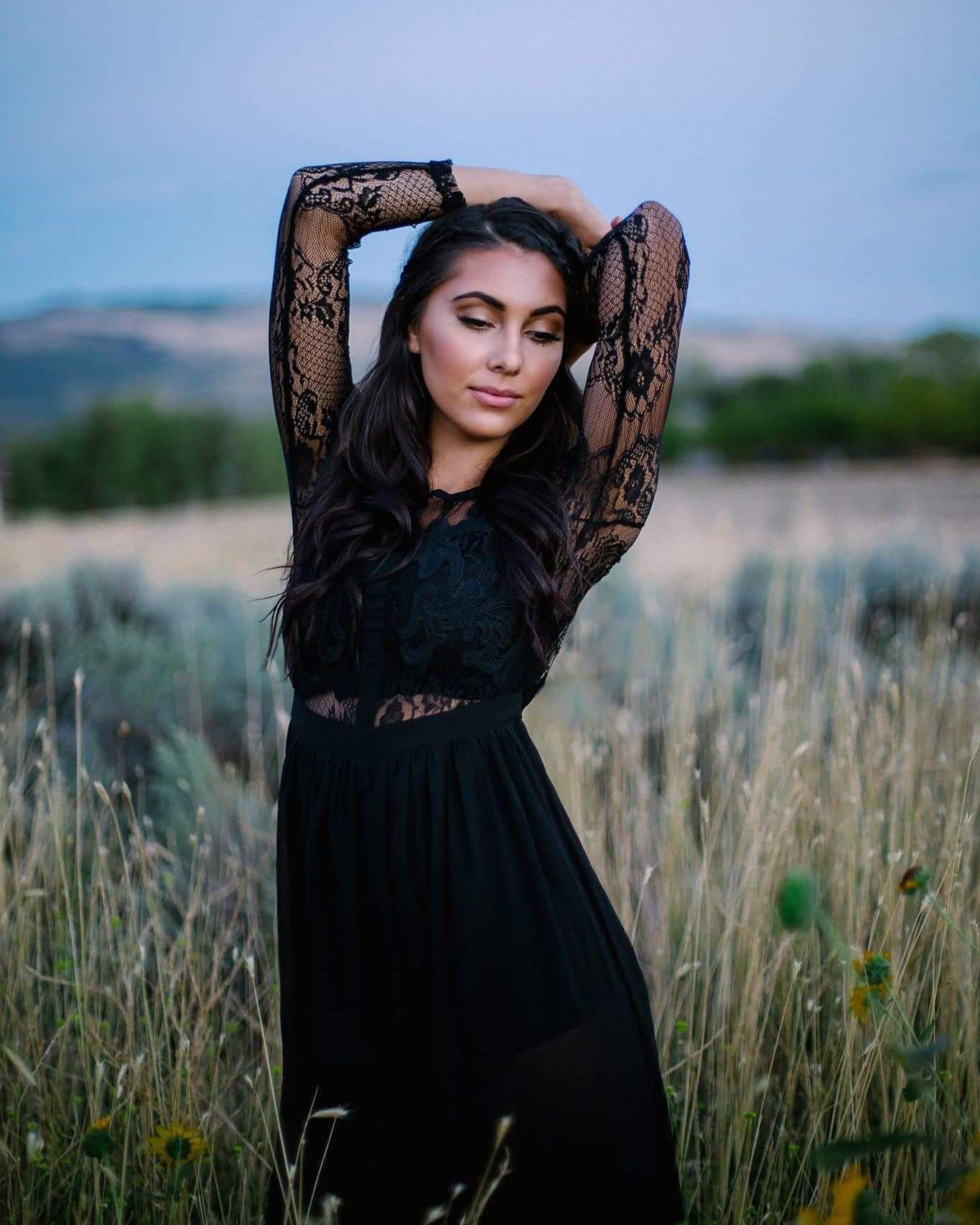Black Lace Dress Photoshoot Tall Grass Field Dark Beauty Outdoor Photoshoot Dark Beauty Beauty Photoshoot [ 1706 x 1365 Pixel ]