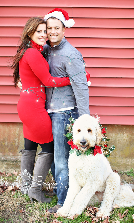 Christmas Card Engagement Shoot This Would Be Great For A Holiday Wedding Replace Dog Wit Christmas Couple Pictures Dog Christmas Pictures Dog Christmas Card