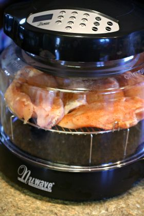 Moist Juicy And Flavorful Boneless Skinless Chicken Breasts Fast Amp Easy Hearthware Halogen