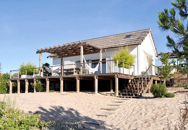 Beach cabin in comporta lisboa portugal outside for Design hotel comporta