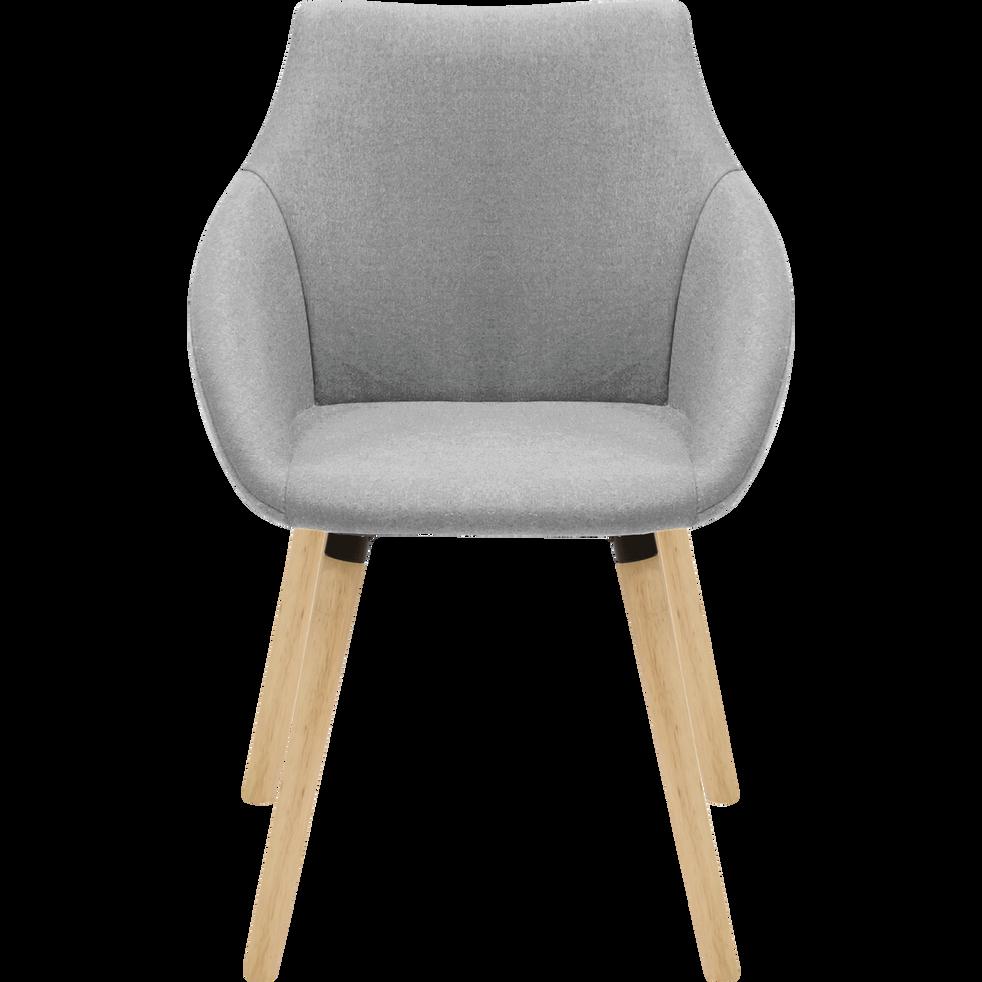 Chaise en tissu gris clair avec accoudoirs NOELIE