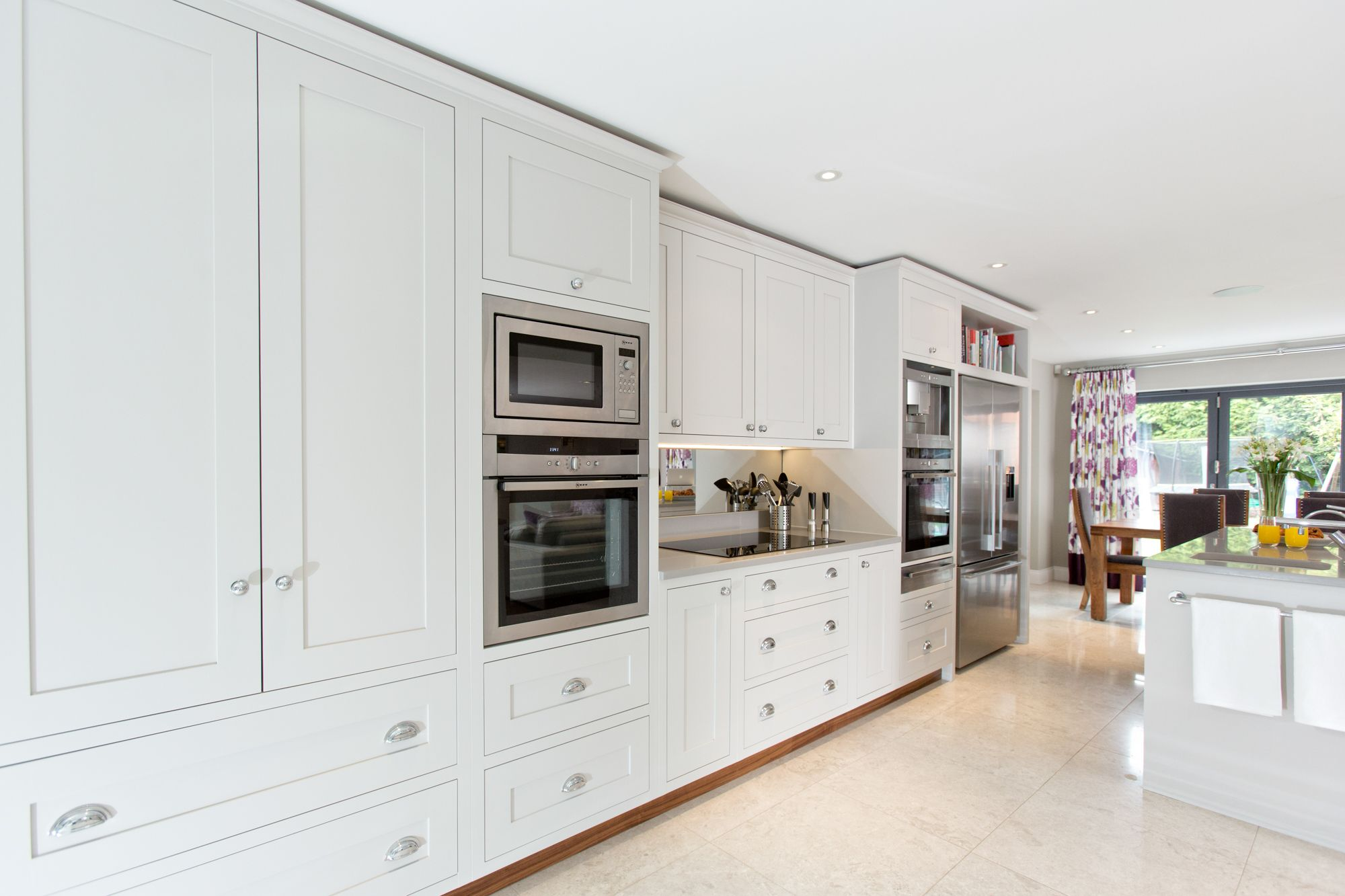 Best Cornforth White Kitchen White Shaker Kitchen Cornforth 400 x 300