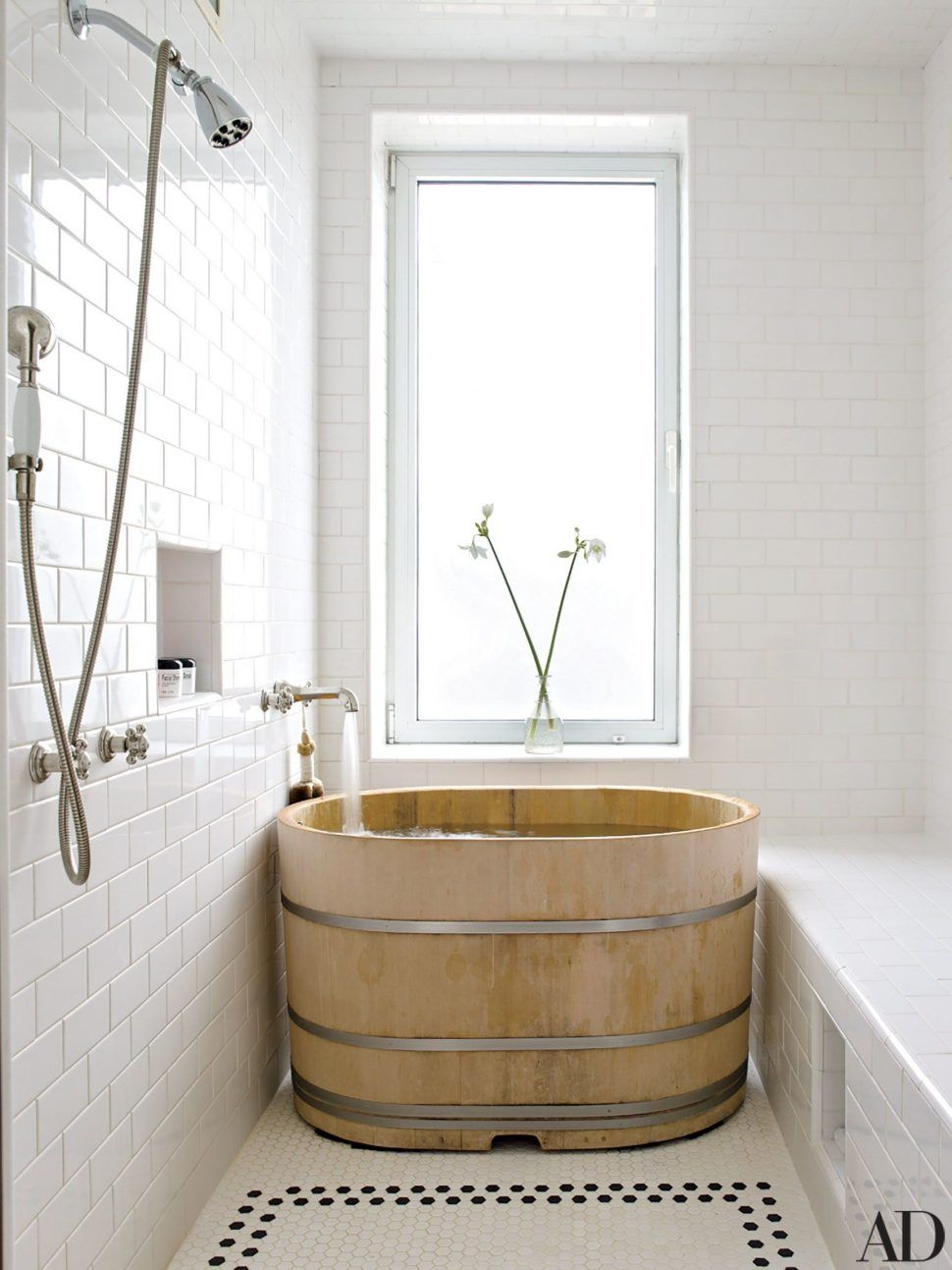 Bathrooms Design Cedar Japanese Soaking Tub Japanese Wooden Bathtub ...