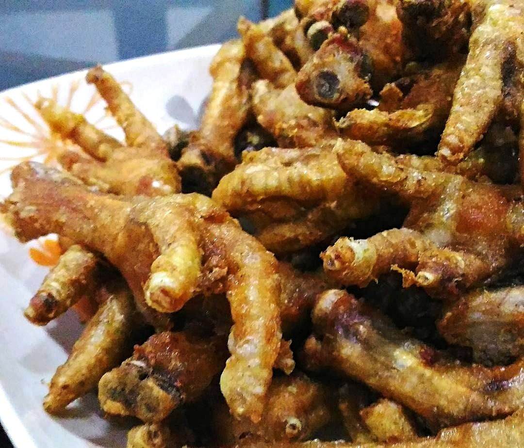 These Crispy Fried Chicken Feet (Adidas or Paa ng Manok) are so delicious specia…