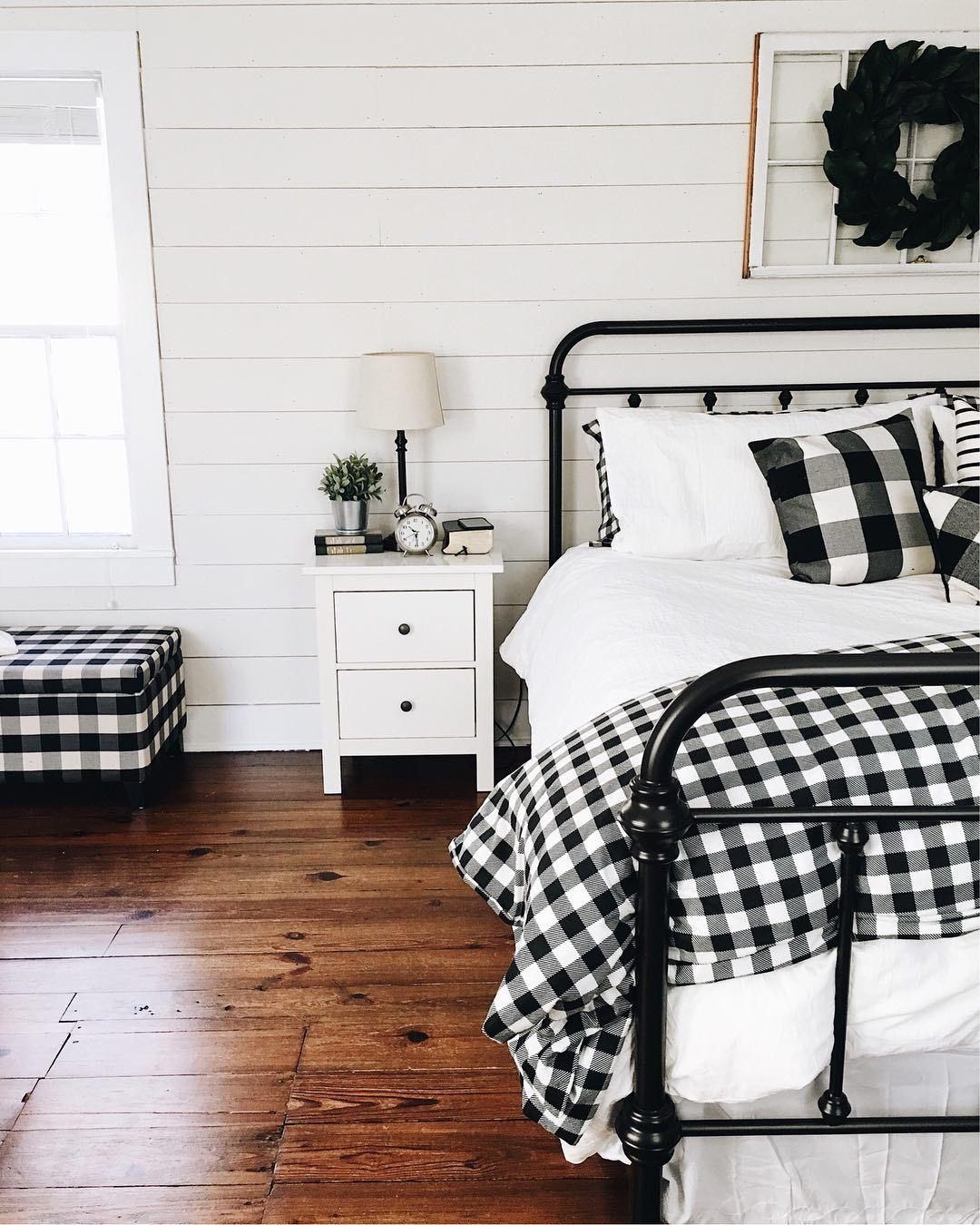 pin von tothemoonandback auf living schlafzimmer diy. Black Bedroom Furniture Sets. Home Design Ideas