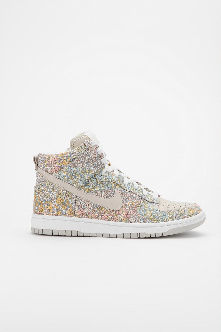 Just waiting for a day without the threat of snow or rain so I can wear my floral  dunks cb3930330e16