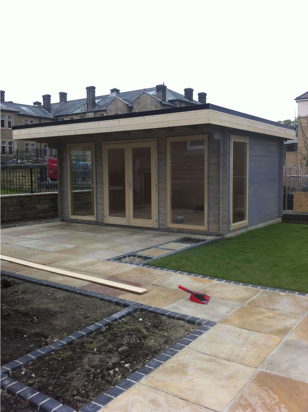Garden Office Log Cabin Yorick 5x3 8m Modern Log Cabins Brown Roofs Epdm Roofing