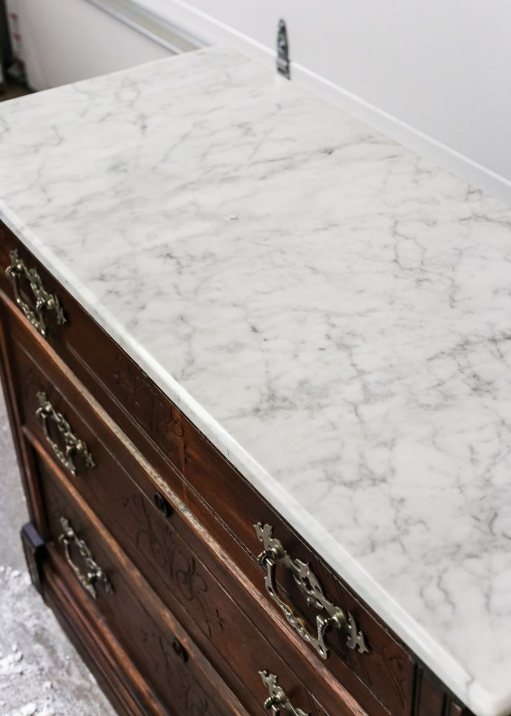 how to clean white marble stains