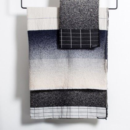 Blanket MOD 01 designed by Mae Engelgeer, woven in the Dutch Textile museum. 1http://www.wannekes.com/design-throws-plaids-blankets-scholten-baijings-missoni-home/1998-blanket-mod-01-mae-engelgeer-dutch-textile-museum.html.