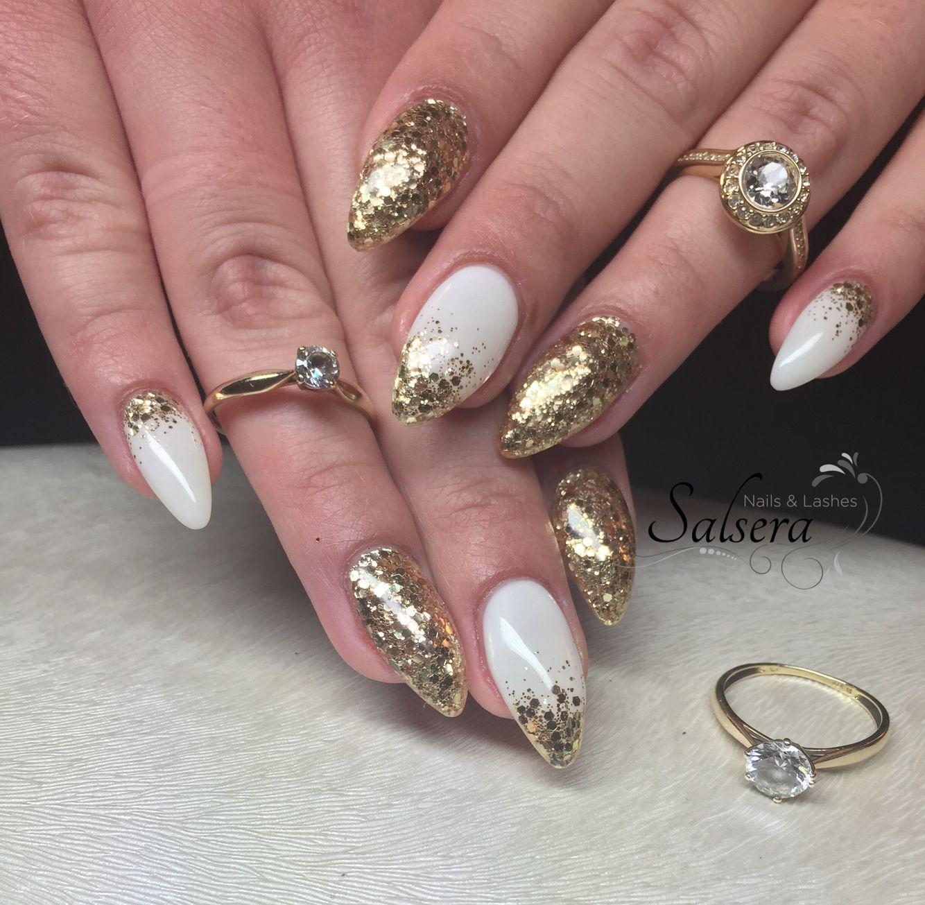 Nails Nägel Nageldesign Fullcover weiß white Gold Glitter Glitzer ...