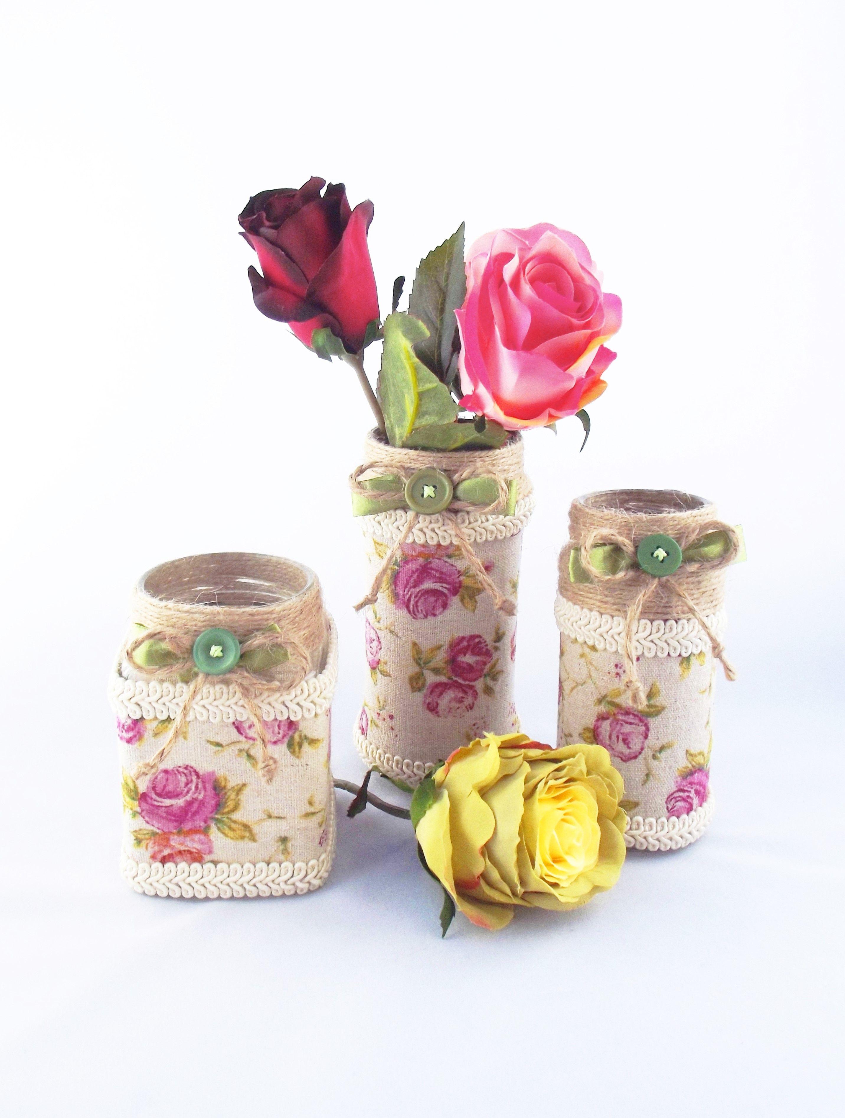 A La Ronde Jars