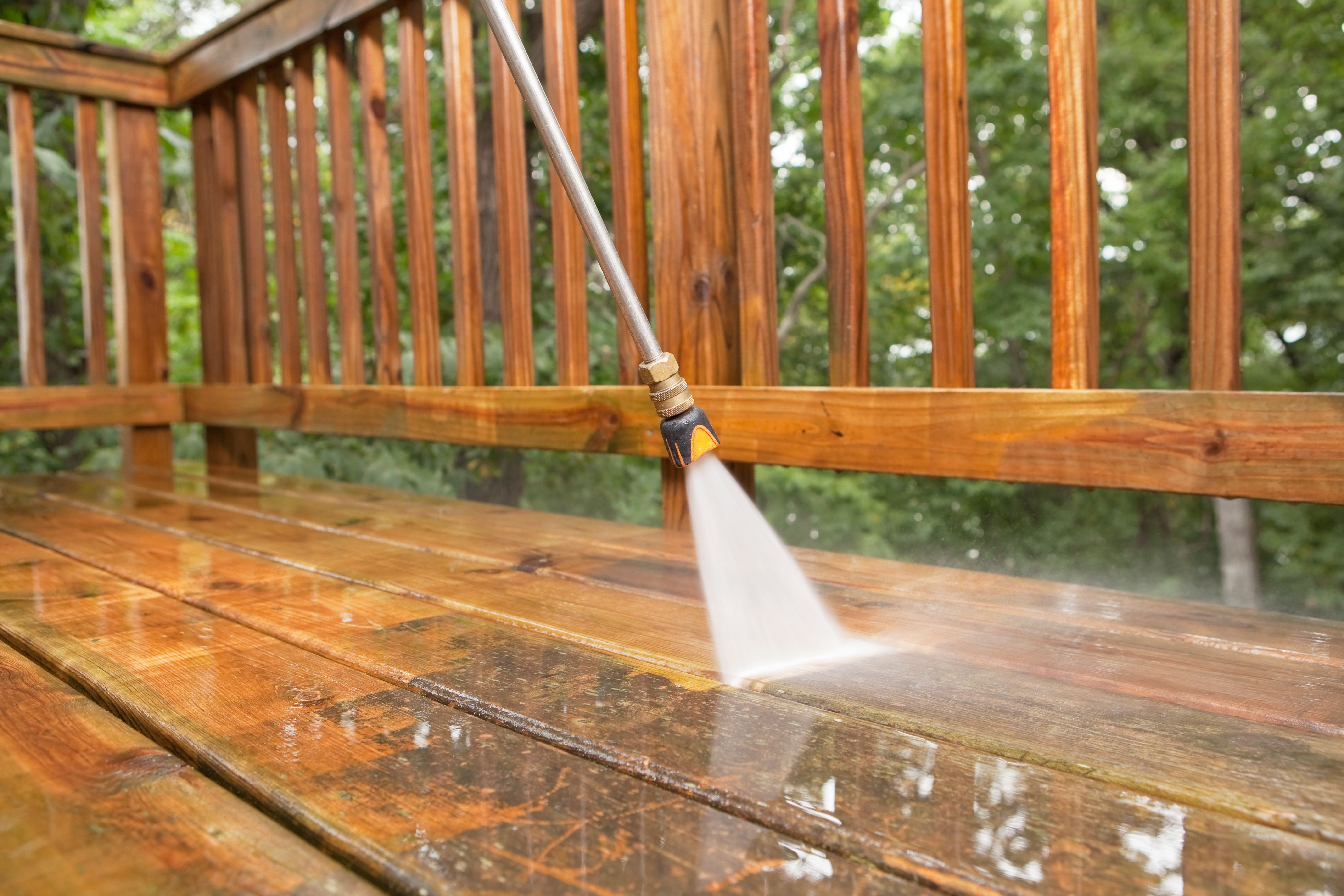 Learn How To Safely And Effectively Pressure Wash Your Wood Deck With A Power Washer Without Damaging The Wood Deck Cleaning Staining Deck Power Washing Deck