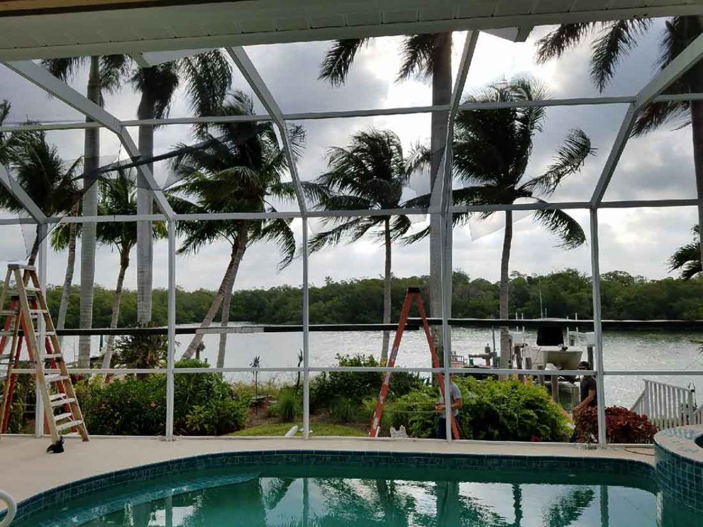 Which Screen Enclosure Is Right For Your Pool And Patio Needs We Ll Walk You Through The Available Pool And Pool Cage Pool Screen Enclosure Screen Enclosures
