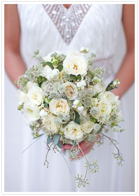 mariage joli bouquet de mari e d 39 hiver un brin rustique mari vintage bouquet et mari e. Black Bedroom Furniture Sets. Home Design Ideas