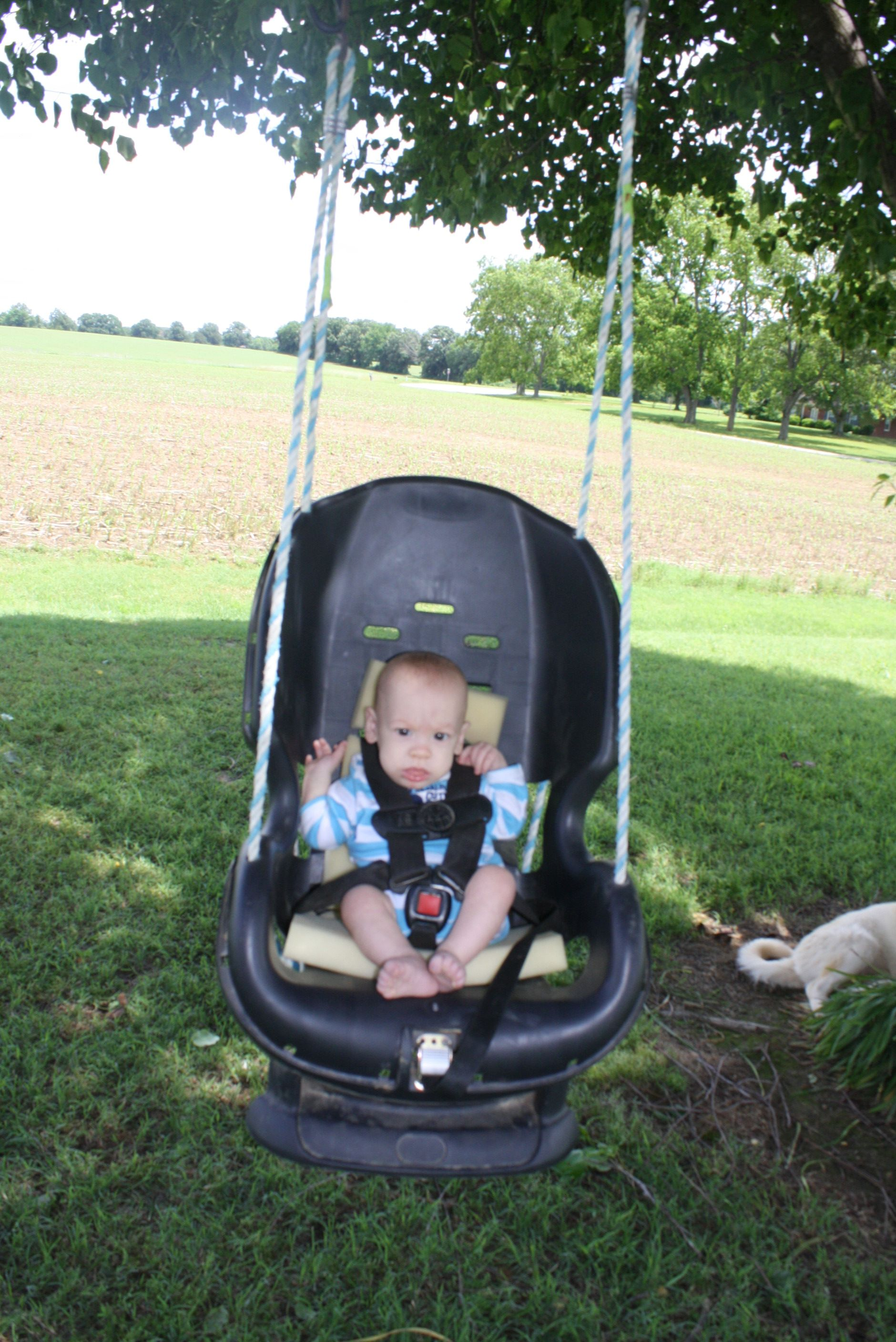 Baby bed like car seat - Infant Swing Made Out Of An Old Carseat