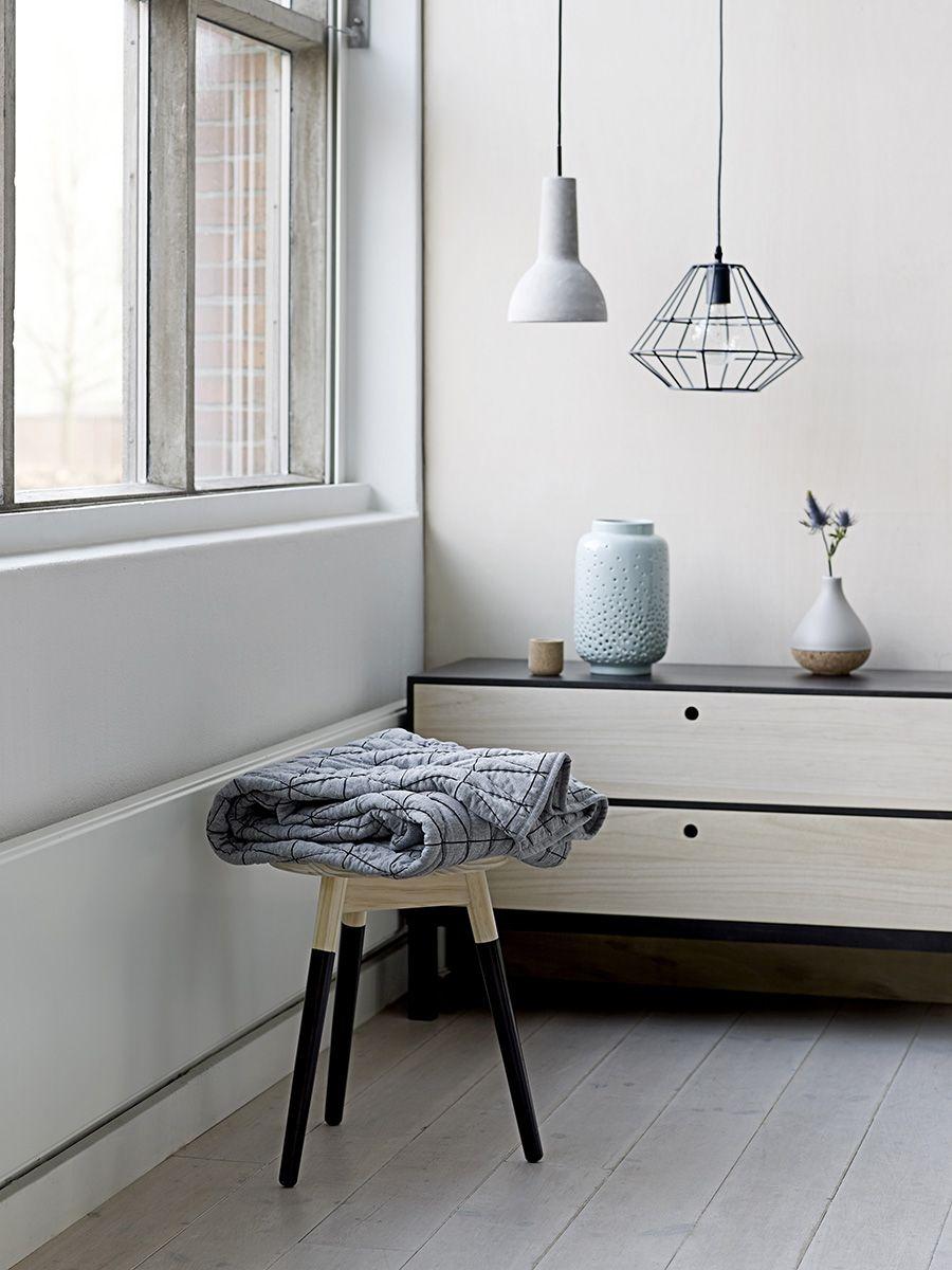 C mo decorar con pantallas de l mparas de techo for Lamparas estilo escandinavo