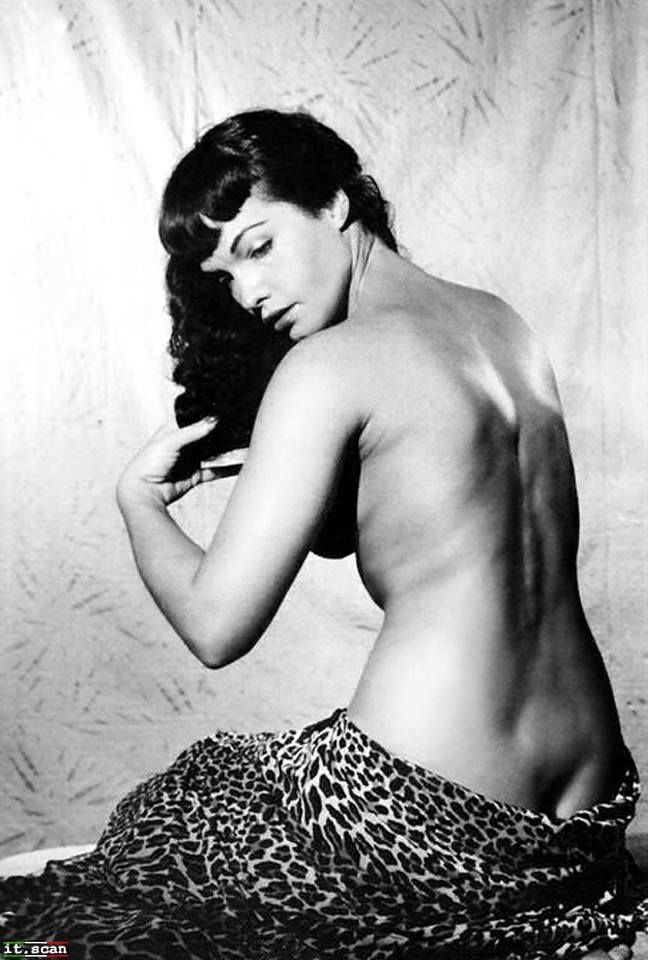 Pin up page bettie