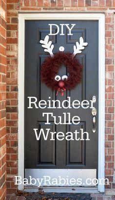DIY Tulle Rudolph Wreath #DIY #HomeDecor #Decor #Decorate #Decorations #Christmas #Wreaths #Reindeer