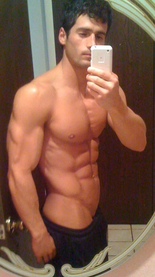 Ejercicios para adelgazar hombres sensuales