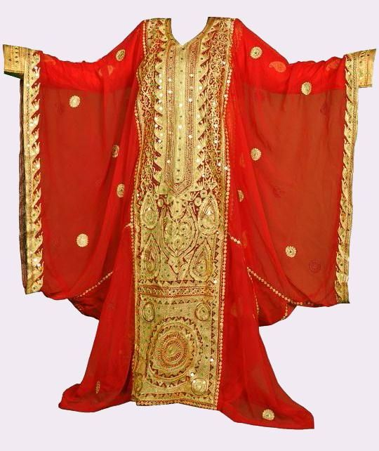 Thobe Nashil Traditional Women Dress Popular In The Gulf Countries Arabic Clothing Arabian Dress Traditional Dresses