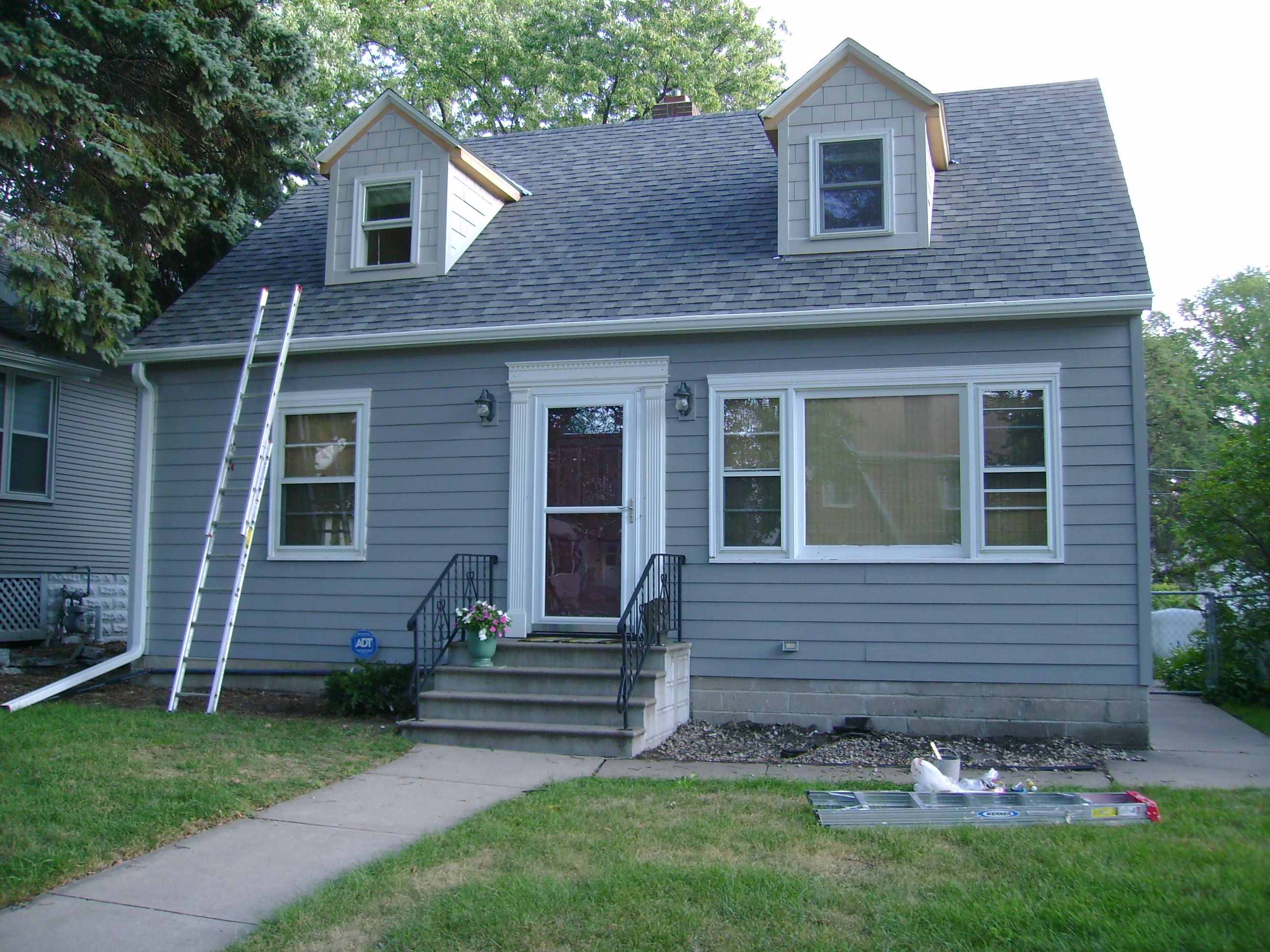Green trim | Exterior Paint colors for our home | Pinterest | Grey ...