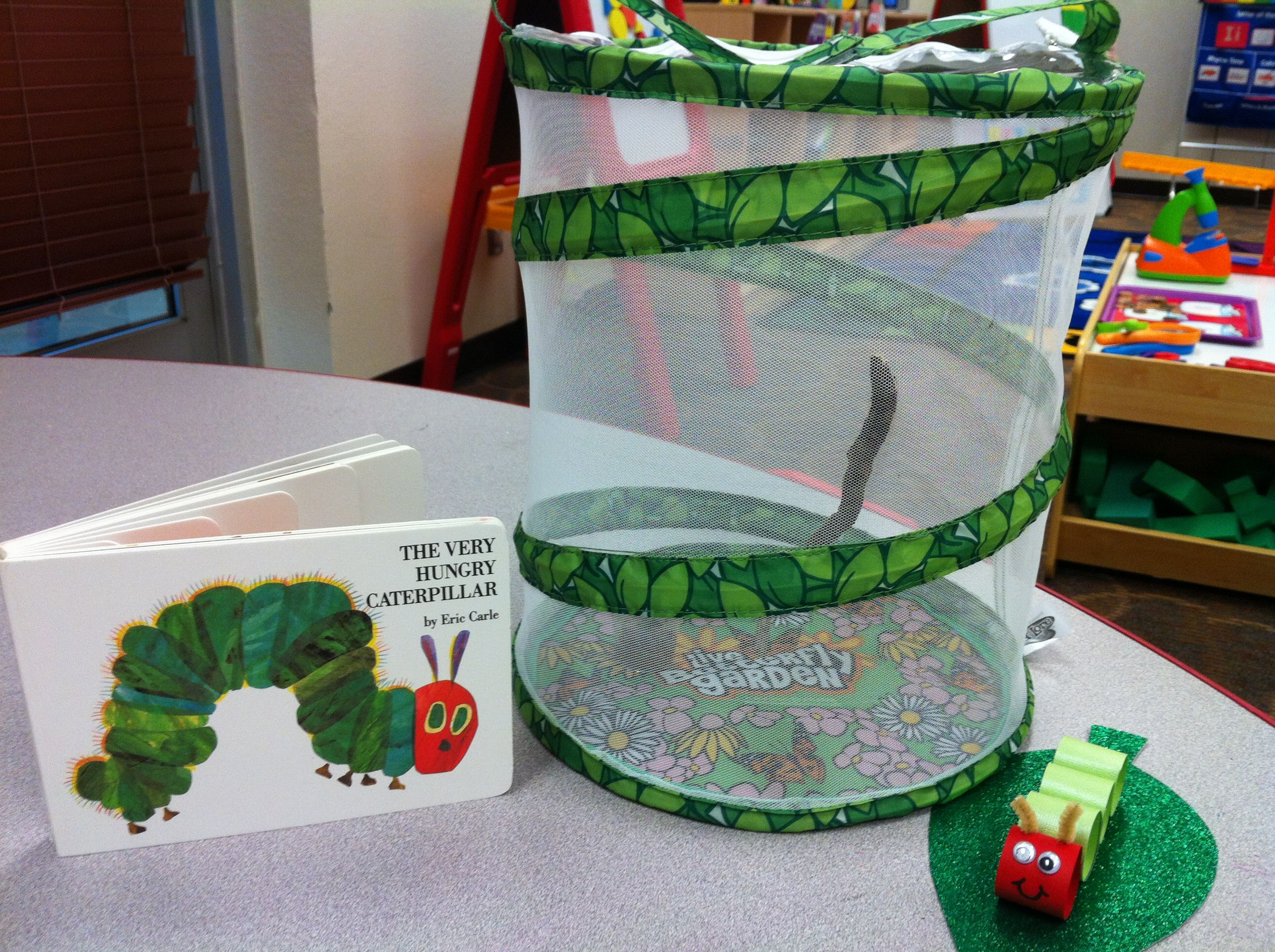 hungry caterpillar craft let 39 s get ready for kindergarten. Black Bedroom Furniture Sets. Home Design Ideas