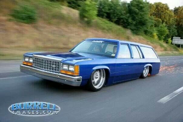 ford crown vic station wagon throwin sparks my life is complete ive now seen it all wagon station wagon bmw car ford crown vic station wagon throwin