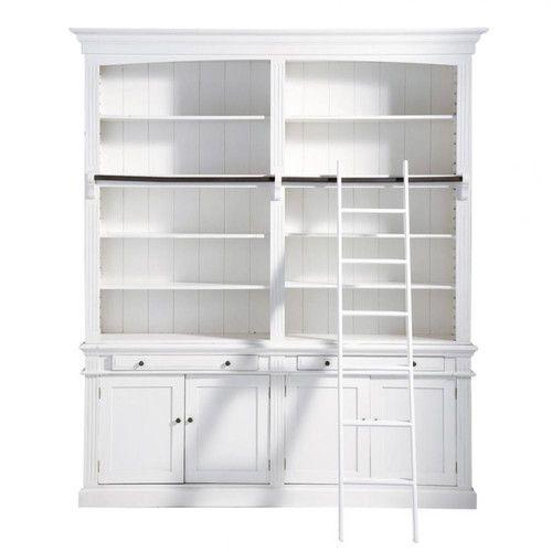 Libreria bianca con scala | Condos, Apartments and Spaces
