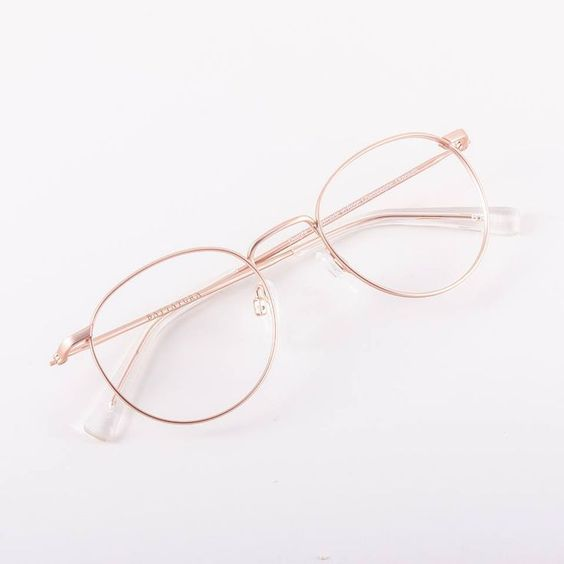 Photo of Desvendando Segredos com Talyta Xavier: Modelo de óculos ideal para cada tipo de rosto – Óticas Bela Mauá