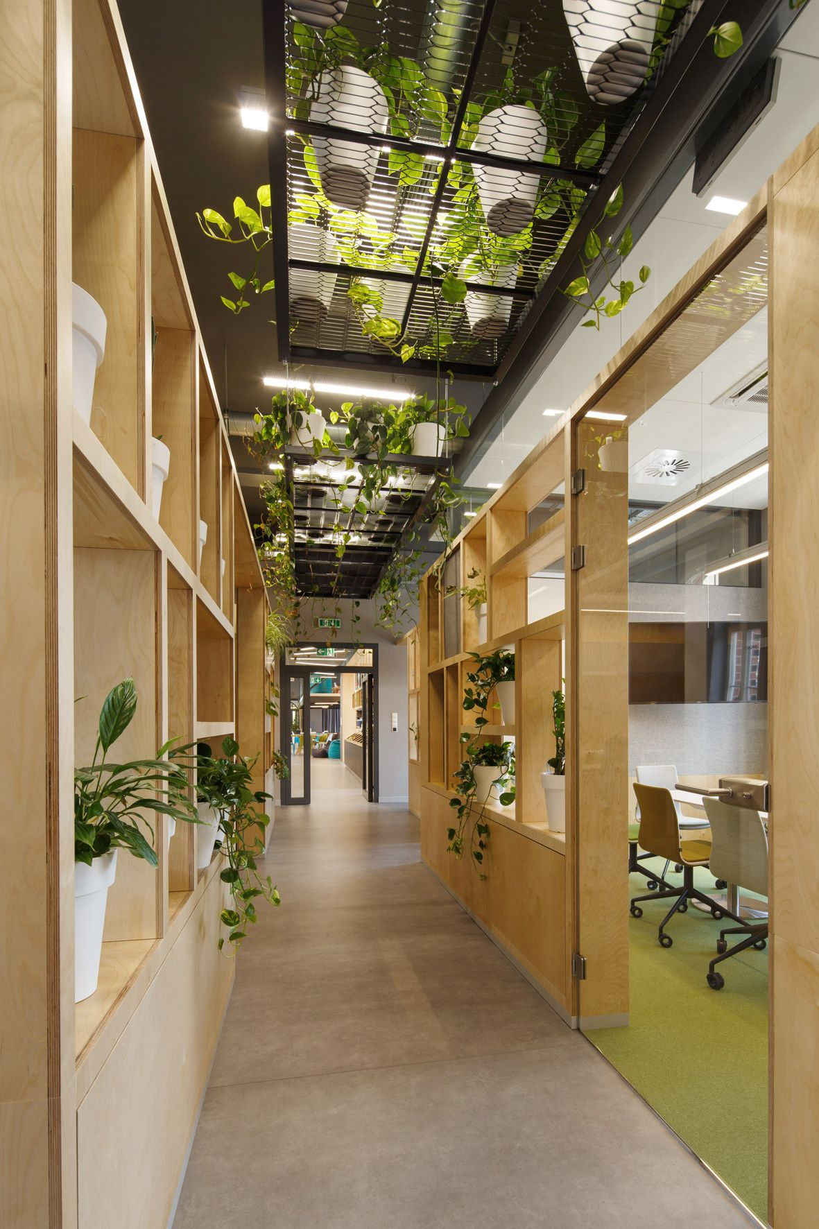 Office tour the software house offices gliwice ideas - Interior and exterior design software ...
