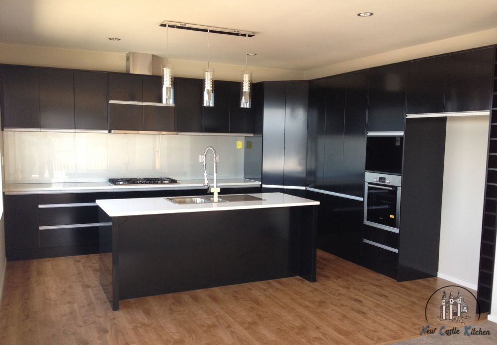 Black Melteca Google Search Solid Wood Kitchens Kitchen Cabinets Nz Solid Wood Kitchen Cabinets