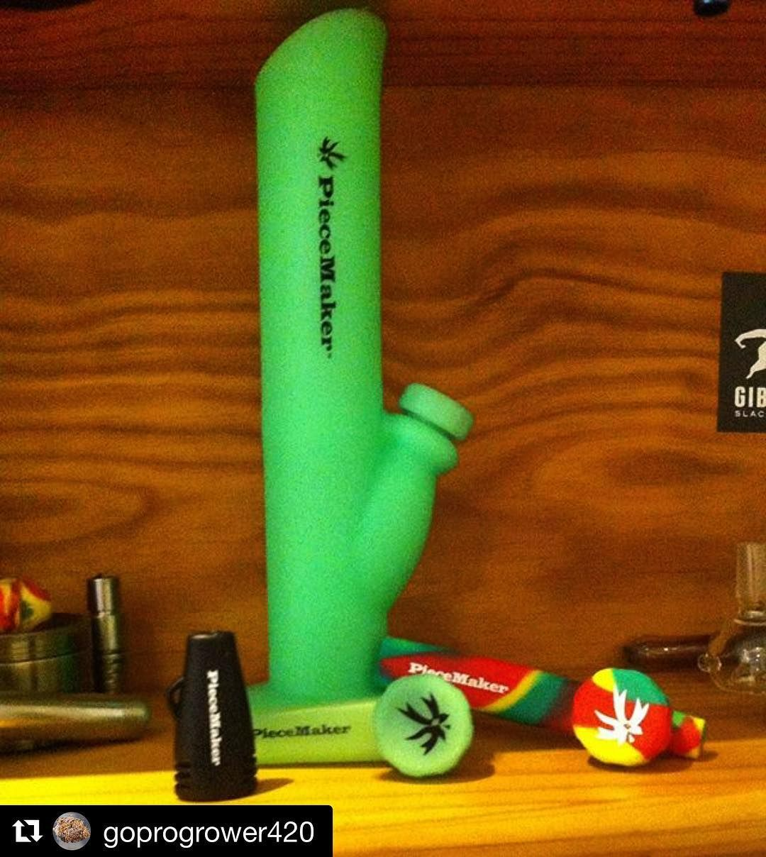 @goprogrower420 with @repostapp  The Entire Range of Silicone Pieces  Thanks to @piecemakergear - Kwiki 1hit key ring pipe (Black) - Karma small side clutch pipe (Green) - Kazili pipe with front clutch (RastaRed) - Silicone Bong (Glow Green)  Blaze YOUR own trail & tag us in you pics and we will repost #piecemakergear.com #piecemaker #BlazeYourOwnTrail #byot #siliconewaterpipe #cannabiscup #hightimes #420 #budtender #orshow #outdoorgear #dopecup #siliconebongs #champstradeshow #siliconebong…