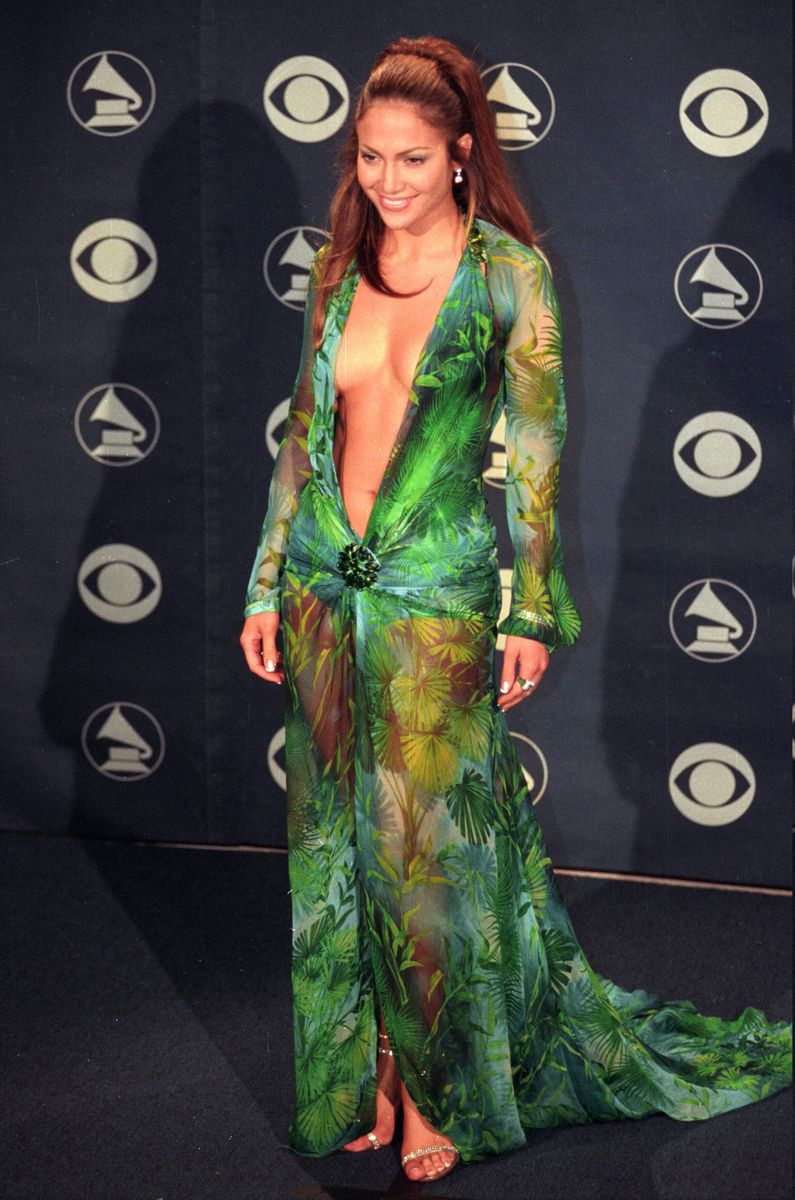What Say The Recent Sale Of A Francis Bacon Triptych For 140ish Million Dollars Is To The Art World Jenni Grammy Fashion Grammy Awards Dresses Versace Dress [ 1200 x 795 Pixel ]