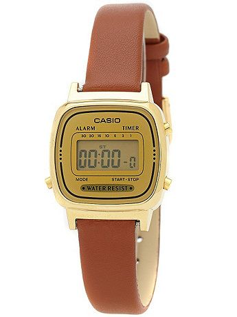 e4ca8b306578 Exclusive Casio watches redesigned by American Apparel. These extra limited  edition pieces (only a small batch were made!) exhibit a timeless vintage  ...